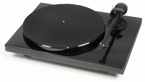 Pro-Ject 1Xpression Carbon (2M Red)
